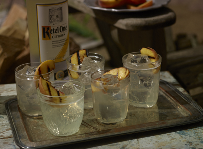 Grilled Peach Lemonade